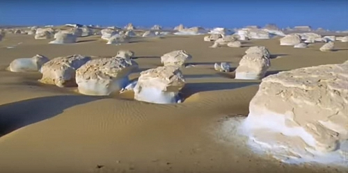 The desert biome has two extremes that characterized it- it is generally dry and hot.