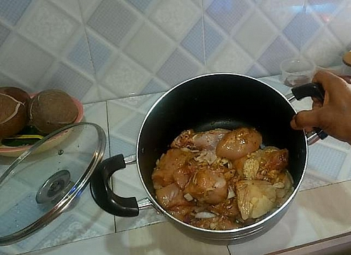 Be sure to season the chicken with enough spices to extract a rich stock