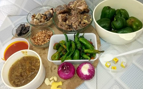 Ingredients for making ayamase stew