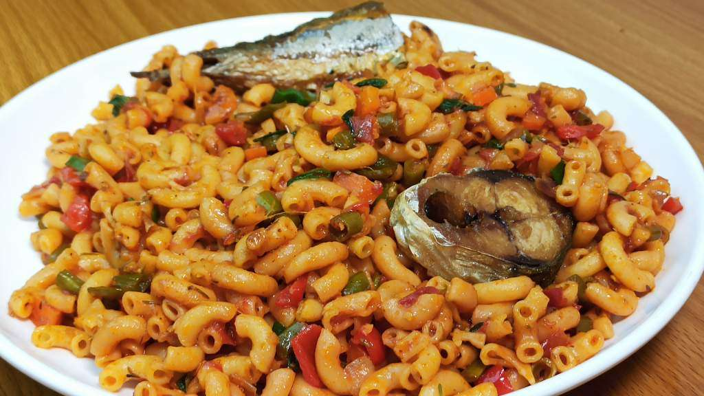 How to Cook Macaroni with Fish