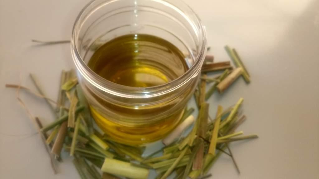 homemade lemongrass oil