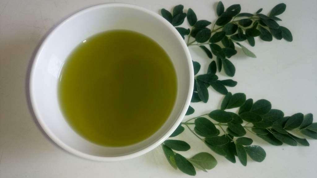 Recipe for moringa oil