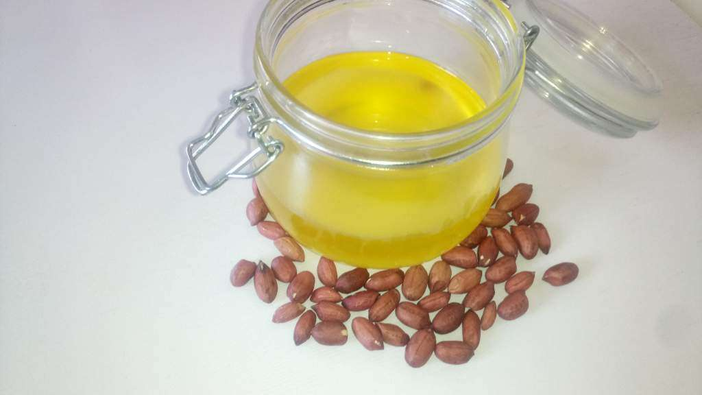 Peanut Oil (Groundnut Oil/Arachis Oil)