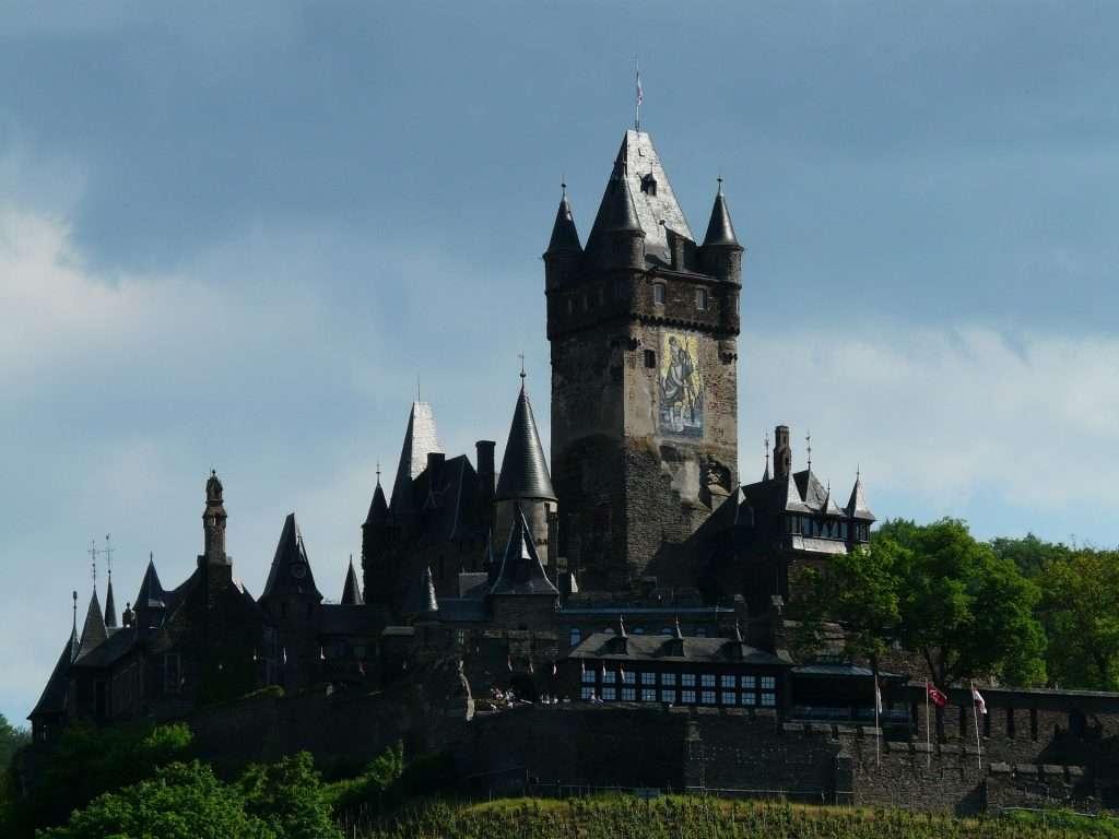 Government Castle for Monarch