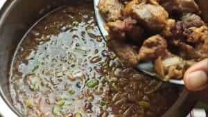 Add the fried lamb to the pot