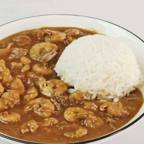 Etouffee served with boiled white rice